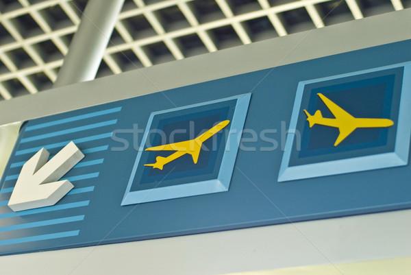 Repülőtér felirat mutat érkezés indulás feliratok Stock fotó © vtupinamba