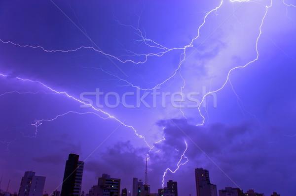 Donder storm macht bliksem stad hemel Stockfoto © vtupinamba