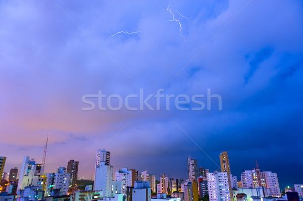 Thunder nuageux nuit tempête ville ciel Photo stock © vtupinamba