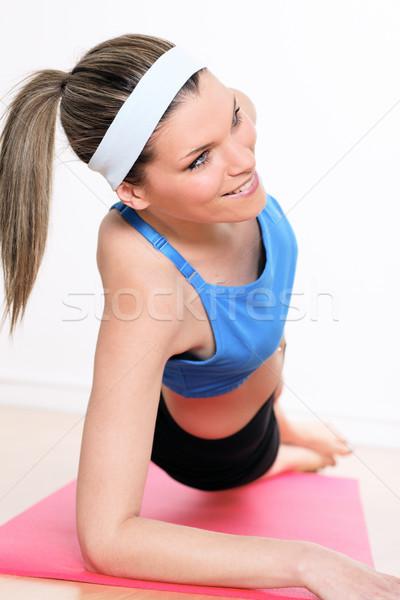 брюшной девушки мышцы счастливым фитнес Сток-фото © vwalakte