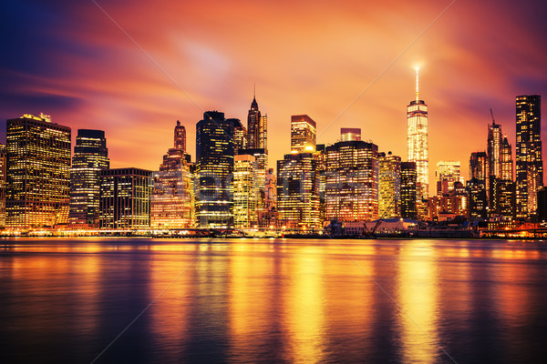 New York City Manhattan zonsondergang beroemd licht Stockfoto © vwalakte