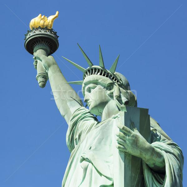 Ver famoso estátua liberdade Nova Iorque céu Foto stock © vwalakte