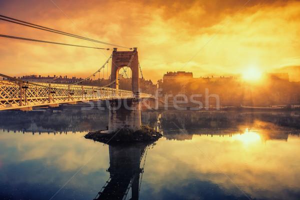 Nascer do sol passarela Lyon cidade França pôr do sol Foto stock © vwalakte