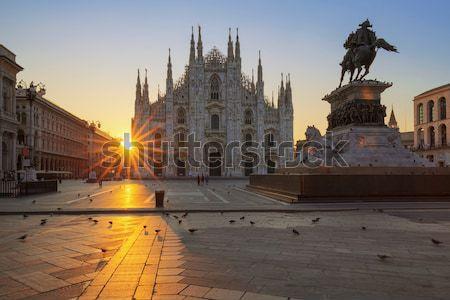 Vue sunrise milan Italie bâtiment art Photo stock © vwalakte