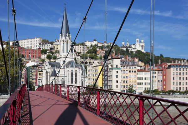 Ver Lyon vermelho passarela igreja arquitetura Foto stock © vwalakte