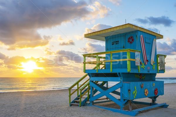 Belo Miami sul praia nascer do sol salva-vidas Foto stock © vwalakte