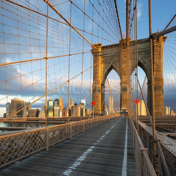 New York híd Manhattan városkép égbolt város Stock fotó © vwalakte