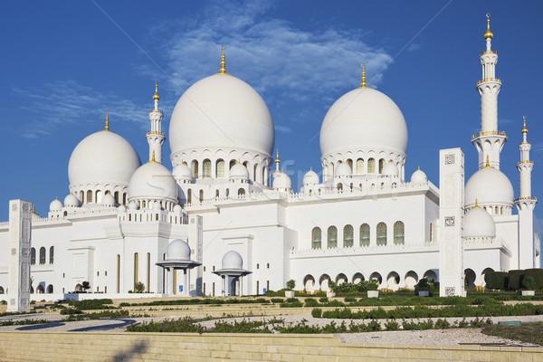 Orizzontale view noto moschea cielo acqua Foto d'archivio © vwalakte