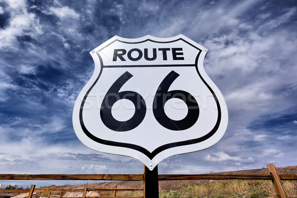 Nostalgisch route 66 teken oude hemel zwarte Stockfoto © vwalakte