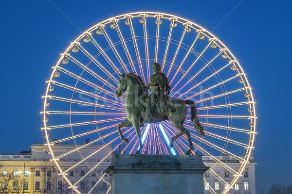 Hely híres szobor király kerék éjszaka Stock fotó © vwalakte
