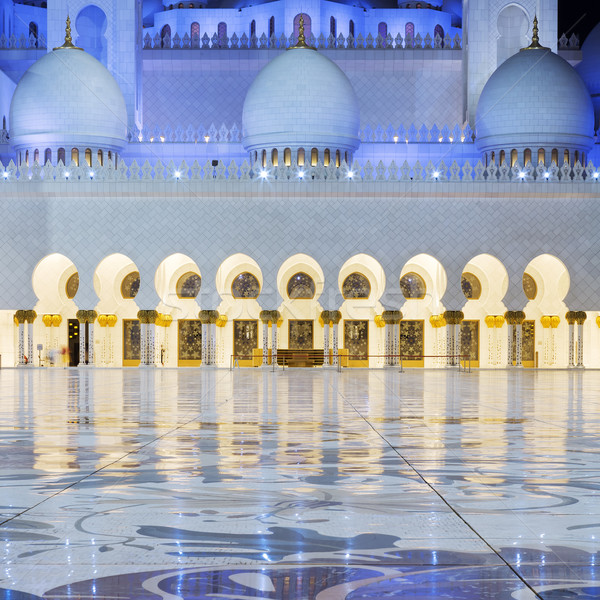 View in the Abu Dhabi Sheikh Zayed Mosque by night Stock photo © vwalakte