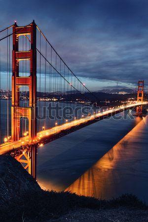 Cena noturna Golden Gate Bridge San Francisco luzes água estrada Foto stock © vwalakte