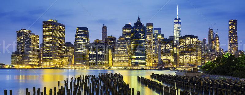 Híres kilátás New York Manhattan belváros sziluett Stock fotó © vwalakte