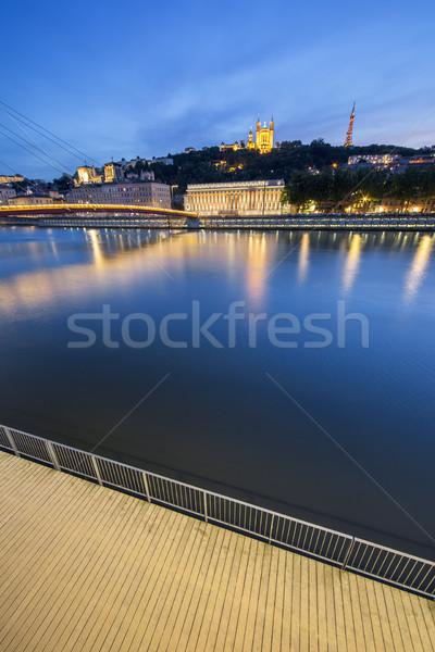 Függőleges kilátás folyó Lyon éjszaka Franciaország Stock fotó © vwalakte