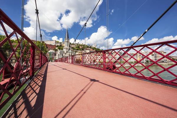 Ver Lyon cidade vermelho passarela céu Foto stock © vwalakte