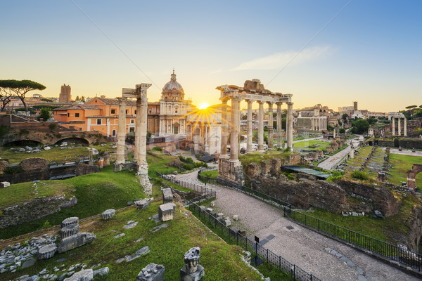 Romaine forum Rome Italie sunrise image Photo stock © vwalakte