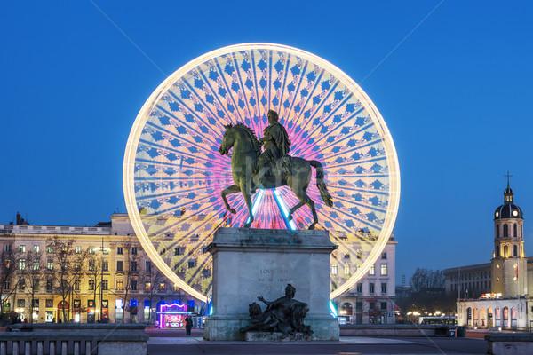 Lugar famoso estatua rey noche Lyon Foto stock © vwalakte