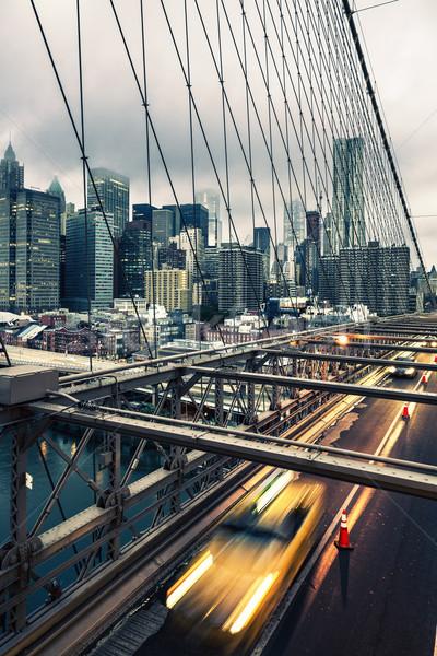 Taxi taxi híd New York Manhattan sziluett Stock fotó © vwalakte