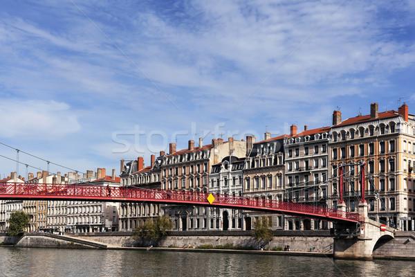 Kilátás Lyon folyó híres piros gyaloghíd Stock fotó © vwalakte
