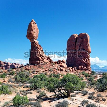 Famoso rojo rocas panorama parque Utah Foto stock © vwalakte