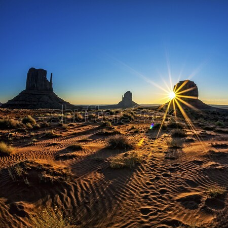 Sunrise at Monument Valley Stock photo © vwalakte