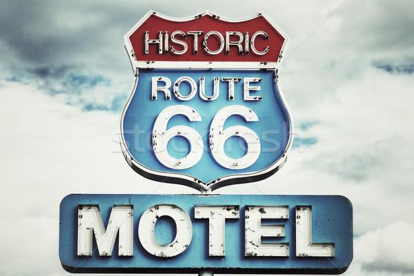 Route 66 США мотель знак автомобилей синий Сток-фото © vwalakte