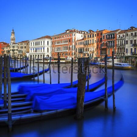 Venise canal Italie maison bâtiment bleu Photo stock © vwalakte