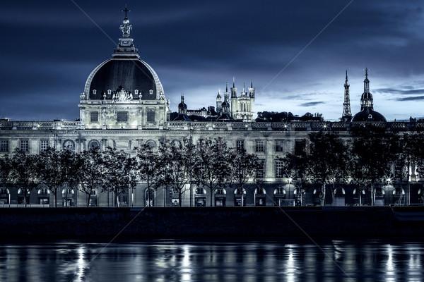 Kilátás Lyon éjszaka különleges égbolt épület Stock fotó © vwalakte