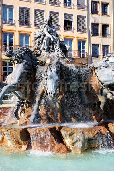 Fonte lugar Lyon França praça Foto stock © vwalakte