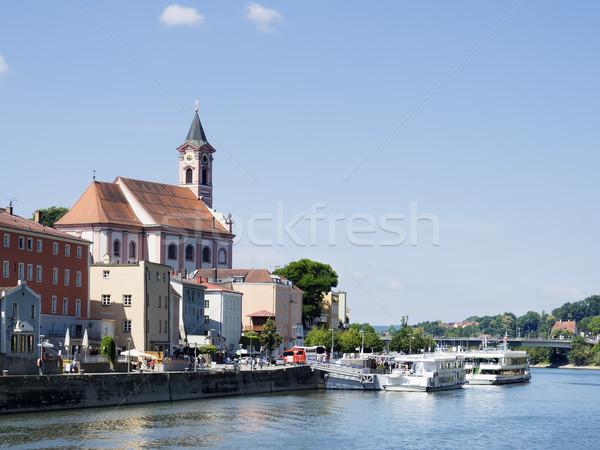 Kerk rivier donau zomer stad Stockfoto © w20er