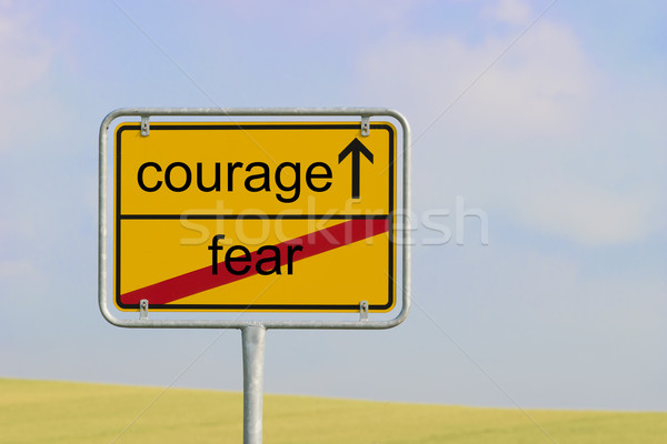 Imzalamak korku cesaret sarı kasaba metin Stok fotoğraf © w20er