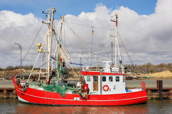 Rood vissersboot afbeelding noordelijk Duitsland business Stockfoto © w20er