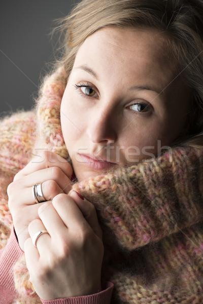 Mujer lana bufanda retrato nina Foto stock © w20er