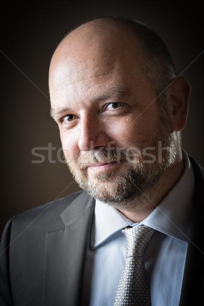 Kellemes üzletember szakáll kopasz fej sötét Stock fotó © w20er