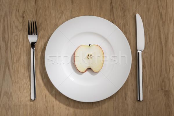 Elma dilim plaka görüntü beyaz çatal Stok fotoğraf © w20er