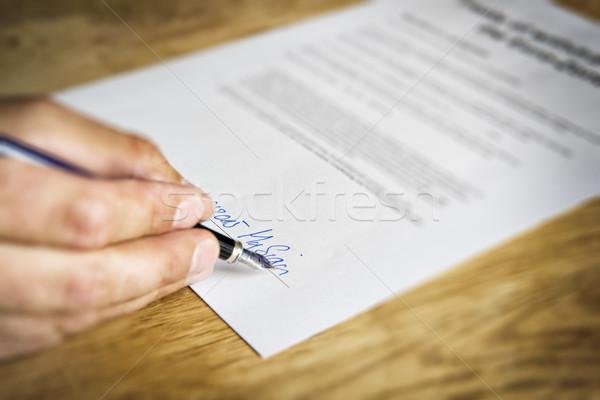 Mano segni contratto immagine business ufficio Foto d'archivio © w20er