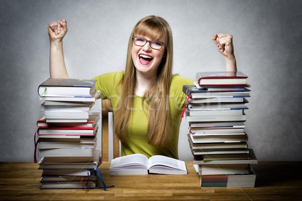 Mutlu öğrenci kadın kitaplar genç öğrenci Stok fotoğraf © w20er