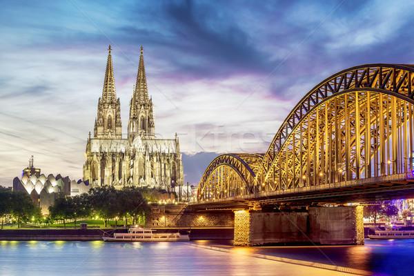 Ponte edifício luz azul Foto stock © w20er
