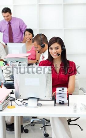 Negócios internacionais equipe trabalhando escritório negócio mulher Foto stock © wavebreak_media