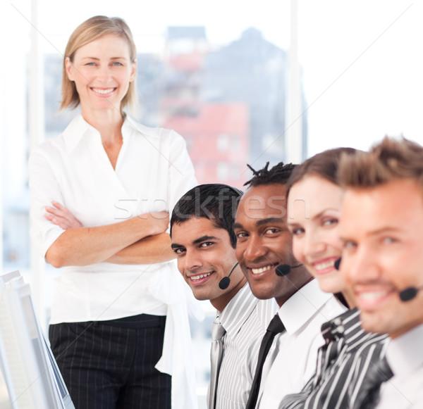 Stockfoto: Geconcentreerde · team · call · center · business · telefoon · internet