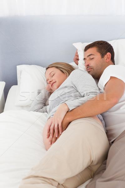Futuro genitori dormire camera da letto giorno felice Foto d'archivio © wavebreak_media