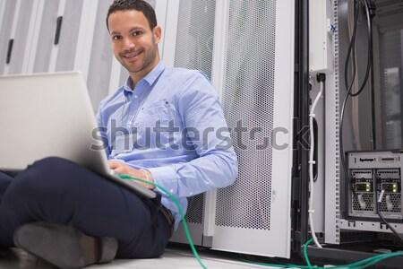 Сток-фото: техник · сервер · полу · улыбаясь · рабочих