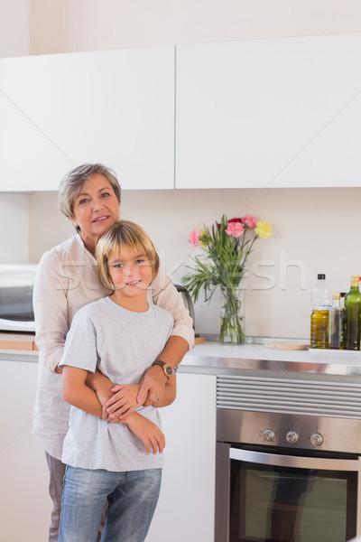 Babcia wnuk kuchnia domu szczęśliwy Zdjęcia stock © wavebreak_media