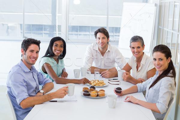 работу коллеги горячей напитки улыбаясь Сток-фото © wavebreak_media