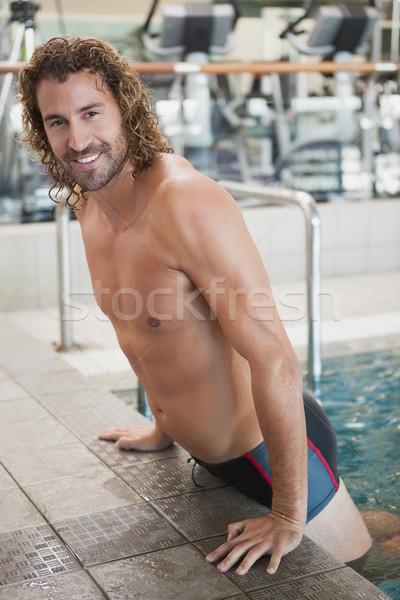 Portret dopasować pływak basen wypoczynku centrum Zdjęcia stock © wavebreak_media