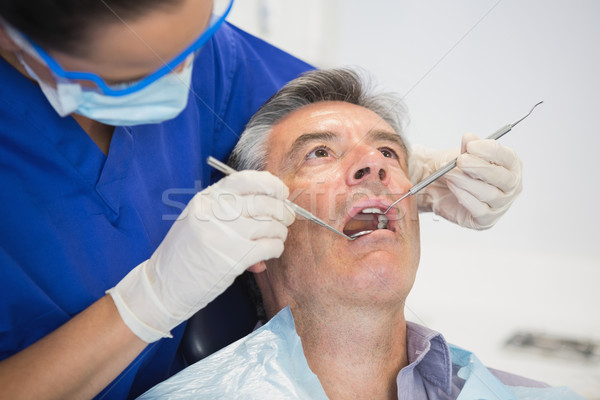 歯科 調べる 患者 ツール 歯科 クリニック ストックフォト © wavebreak_media