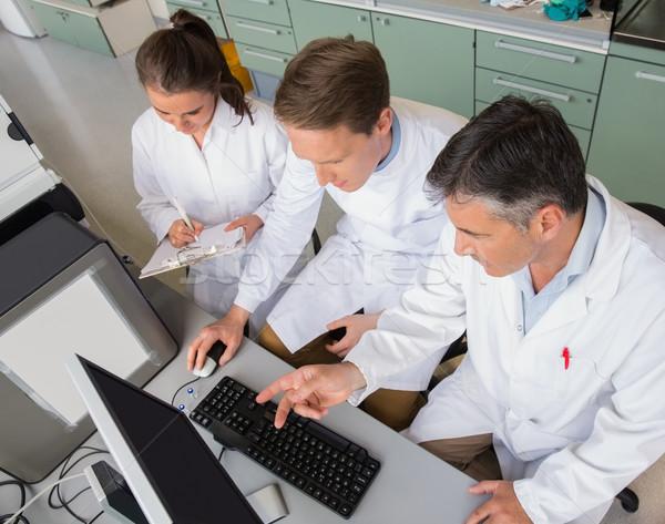 Team wetenschappers laboratorium computer school Stockfoto © wavebreak_media