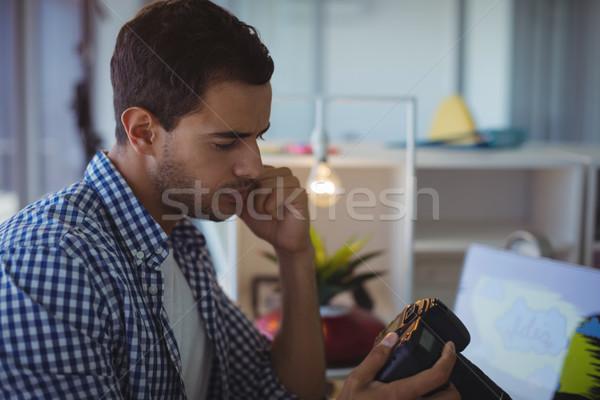 Férfi fotós kamera iroda közelkép üzlet Stock fotó © wavebreak_media