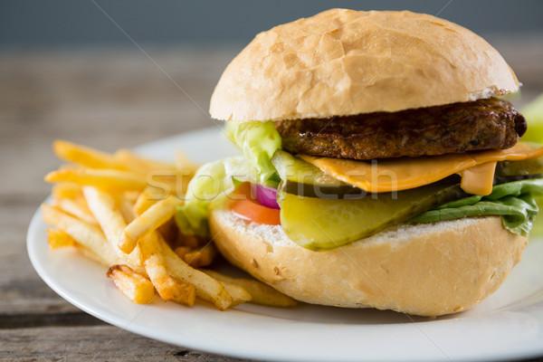 Peynir Burger patates kızartması plaka tablo Stok fotoğraf © wavebreak_media