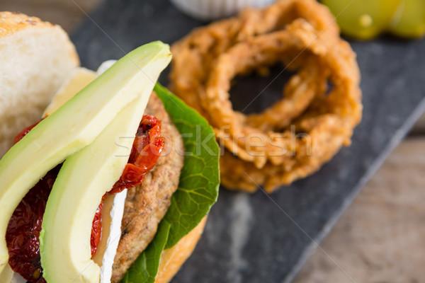 Aguacate Burger mesa rock rojo Foto stock © wavebreak_media